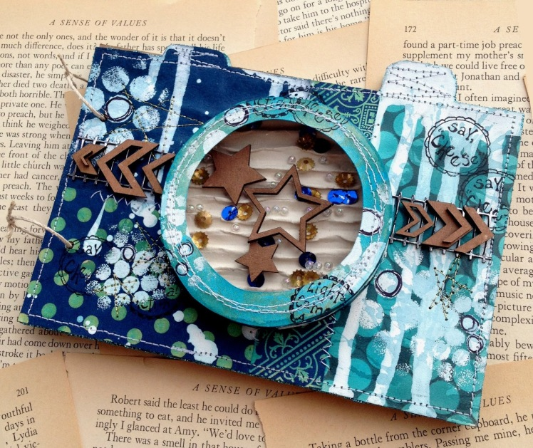 mary the damsel of distress camera make your own mini album how to with lindys stamp gang