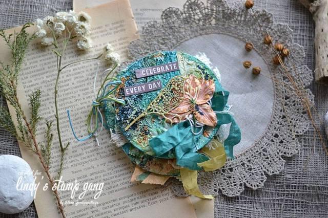 lindys september color challenge by elena Z