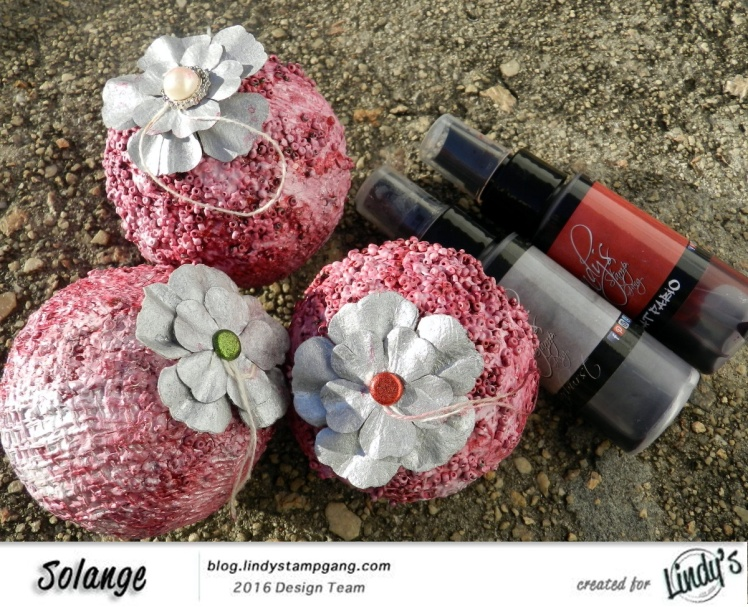 christmas-ornaments-by-solange-marques-using-lindys-stamp-gang-starburst-01