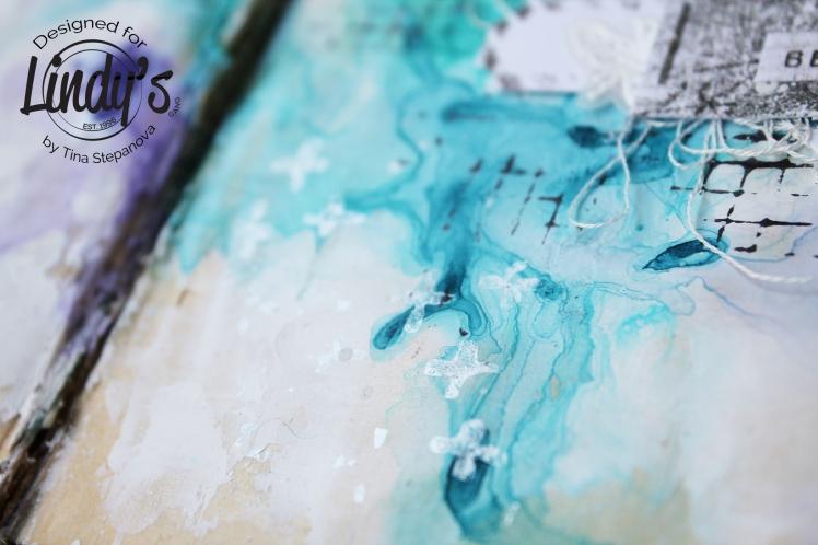 Art journal @happytin4ik #lindysgang #7dotsstudio #stampotiquestamps #artjournal #mixedmedia #mixedmediaart